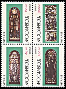 Mozambique 1166, MNH, Stained Glass Windows block of 4