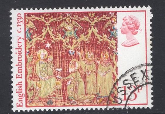 Great Britain  #801  cancelled  1976  Christmas