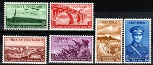 Turkey #805-10 MNH CV $32.50 (X7721)