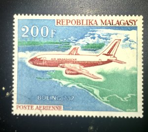 Malagasy C96 MNH BOING 757