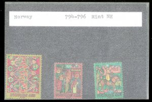 NORWAY Sc#794-796 MINT NEVER HINGED Complete Set