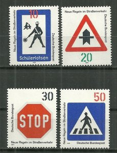 1971 Germany 1055-8 New Traffic Signs C/S MH