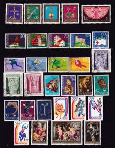 Liechtenstein a M&U lot moderns mainly sets