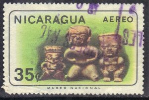 NICARAGUA SC# C565  *USED*  35c 1965 JEDEITE STATUETTES   SEE SCAN