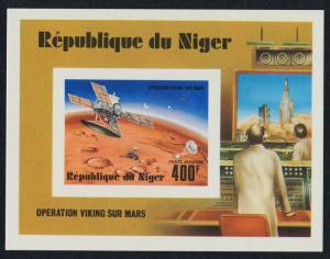 Niger C286 deluxe sheet MNH Space, Viking Orbitor, Mars Landing