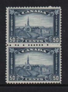 Canada #176 Mint Pair