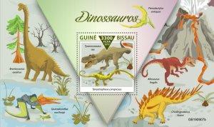 GUINEA BISSAU - 2019 - Dinosaurs - Perf Souv Sheet - M N H