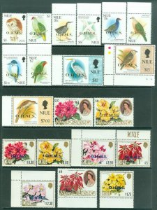 EDW1949SELL : NIUE 1985-94 Scott #O1-30 Birds & Flowers. Complete VFMNH Cat $126