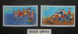 Norway 1201-02. 1998 Children's Games, NH