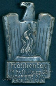 3rd Reich Germany 1935 Frankentag Party Rally Pin Medal 96242