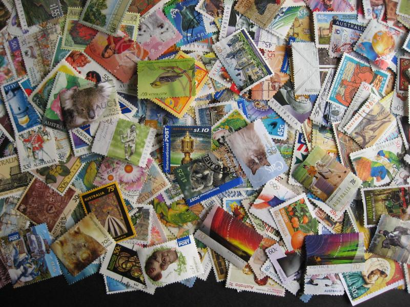 Australia collection 900 different mostly post 1970 commemoratives, many modern!