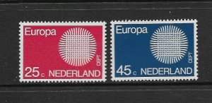 NETHERLANDS - EUROPA 1970 - SCOTT 483 TO 484 - MNH