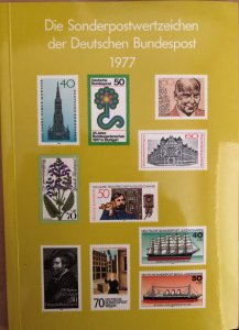 Dt. Bundespost 1977 BRD and Berlin MNH Commemoratives Complete Year in booklet