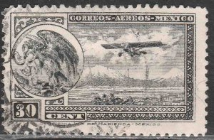 MEXICO C14, 30¢ Early Air Mail Plane and coat of arms USED. VF. (1192)