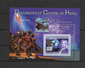 Guinea MNH S/S Halley's Comet & Dinosaur 2007