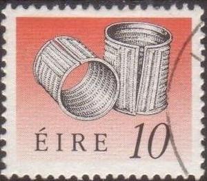 Ireland 1990 SG750 10p Derrinboy Armlets FU