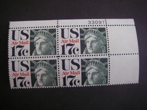 Scott C80, 17c Statue of Liberty, PB4 #33097 UR, MNH Airmail Beauty