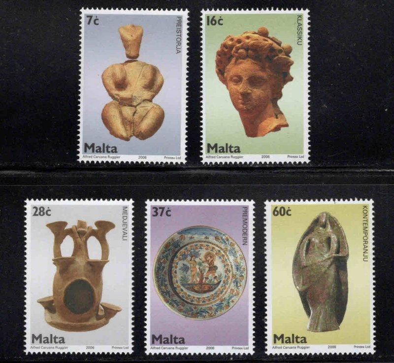 MALTA  Scott 1233-1237 MNH** Ceramic Art stamp set