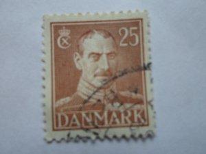 DENMARK STAMP. USED. NO HINGE MARK # 13