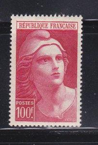 France 556 MNH Marianne