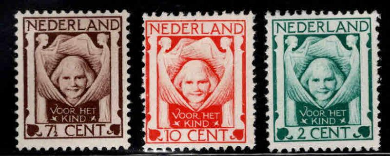 Netherlands Scott B6-B8 MH* set 1924
