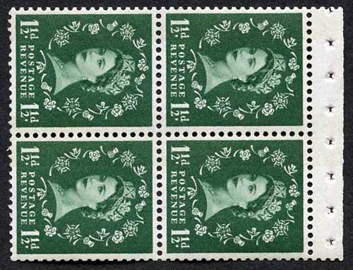 SB43a 1 1/2d Wmk Crowns Sideways to Right Cream Paper Blue Phos Perf AP Pane U/M
