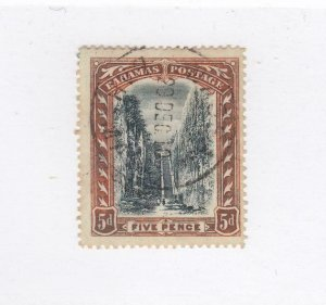 BAHAMAS (MK3817) # 34 VF-USED 5d QUEEN'S STAIRCASE /ORANGE & BLACK CAT VALUE $66