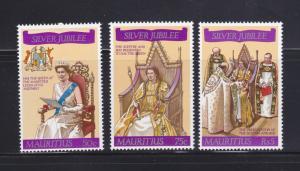 Mauritius 433-435 Set MNH Queen Elizabeth II Silver Jubilee (B)