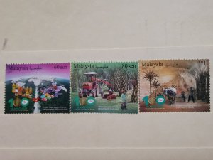 MALAYSIA 2017  THE 100th ANN OF PALM OIL INDUSTRY IN FINE MINT CONDITION