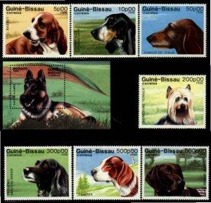 Guinea-Bissau Sc 742-49 MNH Dogs Value $ 18.35