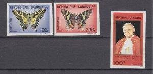 J28887, 1982 & 6 gabon set  & set of 1 pope imperfs #502, 605-6 butterflies