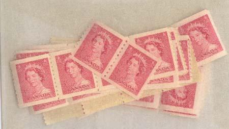 Canada - 1953 3c Carmine QE Karsh Coil X 52 mint #332