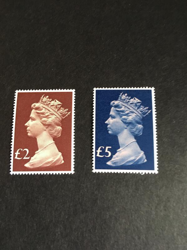 Gt. Britain 2015 Sc. MH175-176 Cat. $46.50 1977 2 & 5 Pounds Machin VF-NH