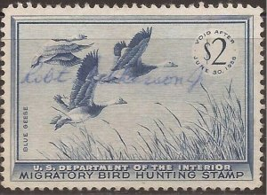 US Stamp - 1955 Blue Geese Duck Hunting Stamp Signed - Scott #RW22
