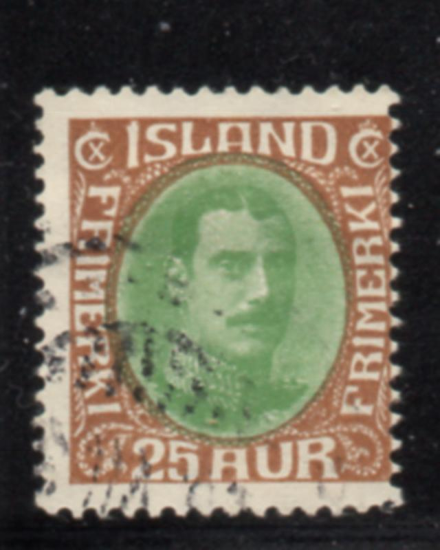 Iceland Sc 182 1931 25 aur brown & green Christian X stamp used