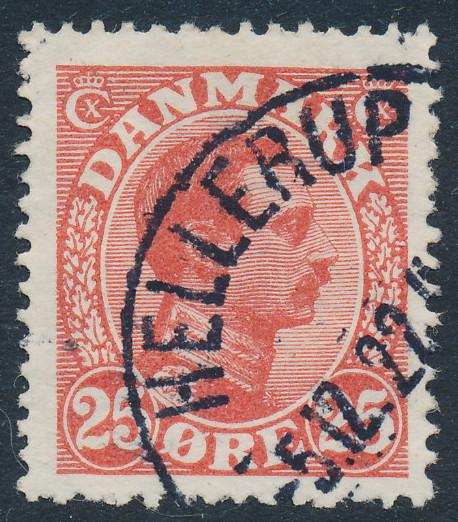 Denmark Scott 108 (AFA 126), 25ø red Chr. X, VF Used