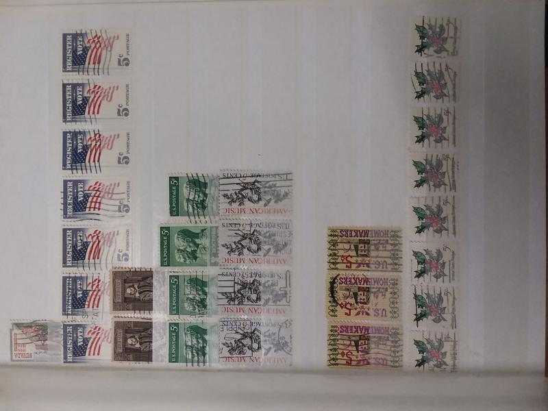 US Stamps over 120 in stock book with 24 Pages with 9 Glasines Strips Red