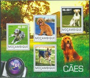 MOZAMBIQUE  2014  DOGS  SHEET   MINT NH
