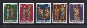 Luxembourg MNH 1972 welfare nativity Hachiville complete