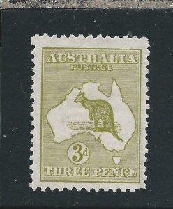 AUSTRALIA 1913-14 3d OLIVE MM SG 5 CAT £80
