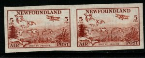 NEWFOUNDLAND SG230a 1933 5c RED-BROWN IMPERF PAIR MNH