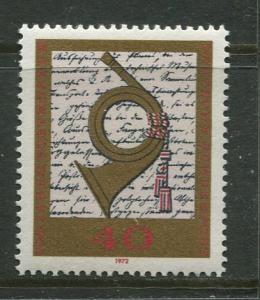 GERMANY. -Scott 1094 -Post Horn & Degree - 1972- MNH - Single 40pf Stamp