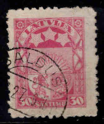 Latvia Scott123 Used coat of arms stamp