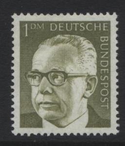 GERMANY. -Scott 1038 -Definitives - 1970- MNH - Single 1m Stamp