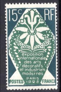 France 221 MNH VF