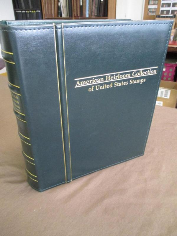 Hingeless American Heirloom Collection Album - Pristine Condition (Y91)