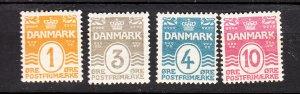J26561 jlstamps 1905-17 denmark part of set mh #57,59-60,62 numerals perf 13 wmk