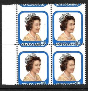 NEW ZEALAND 1979  10c  QEII   MNH BLK 4  MISPLACED PERFS  CP PA10by