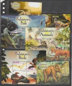 Grenada Grenadines 2005 dinosaurs prehistoric animals 2klb+2s/s  MNH