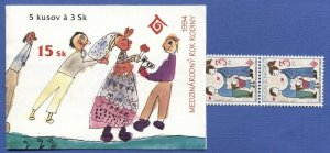 R786 -  SLOVAKIA 1994  Int'l Year of the Family, Complete Booklet